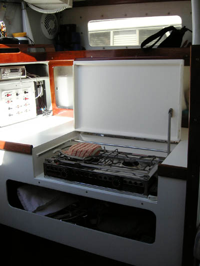 Jim Brown designed Searunner 31 trimaran Time Machine galley stove