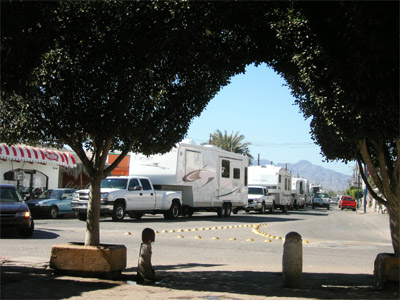 Motor home traffic jam, Loreto Mexico